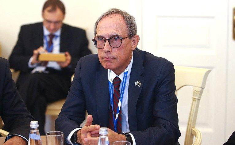 К. Косачев провел встречу сделегацией Кнессета Израиля