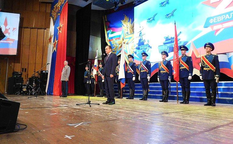 Поздравление ветеранов Кубани сДнем защитника Отечества
