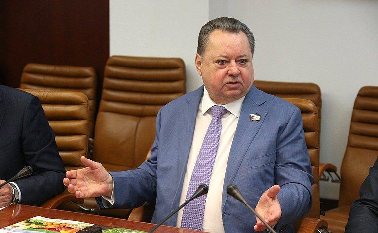Борис Невзоров
