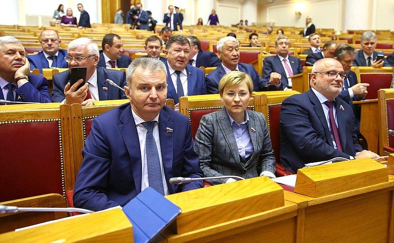 И. Каграманян, Л. Бокова иА. Клишас