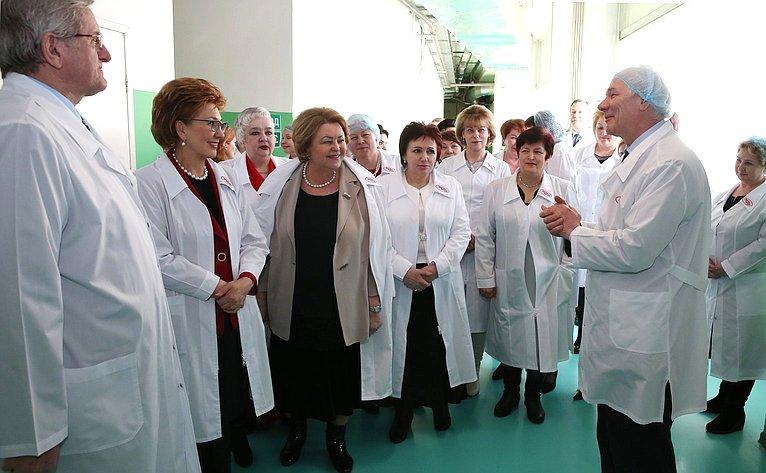 Женщины-сенаторы посетили крупнейшее кондитерское предприятие «Объединенные кондитеры»