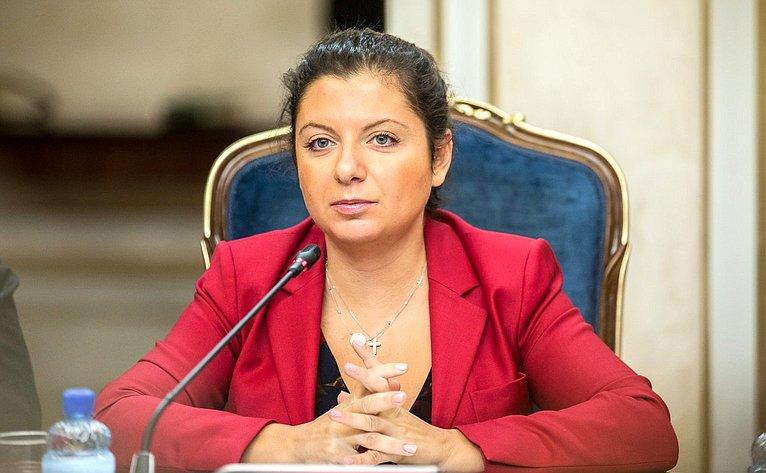 М. Симоньян