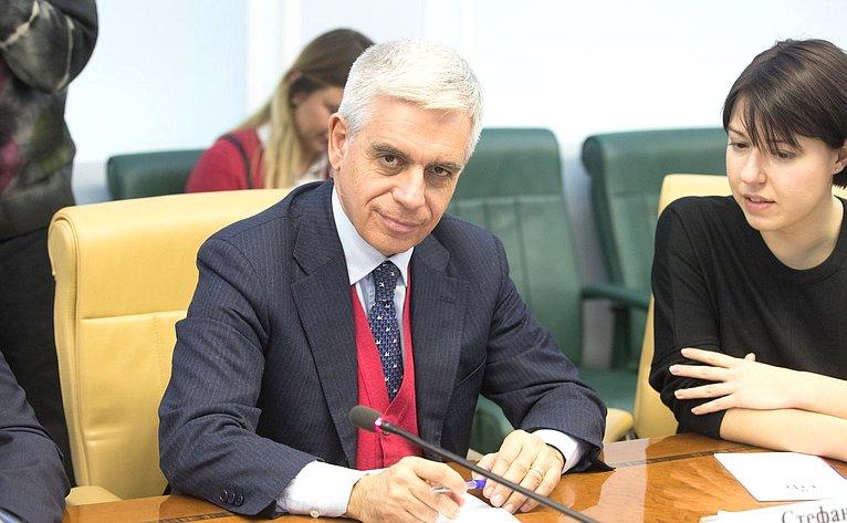 Константин Косачев провел встречу сдепутатом Европейского Парламента Стефано Мауллу