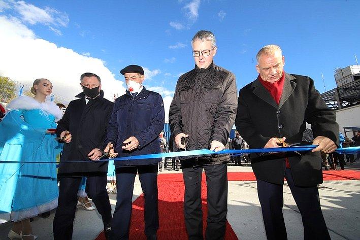 Сергей Митин принял участие воткрытии новой фабрики береговой обработки рыбы наКамчатке