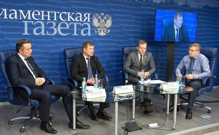 Андрей Кутепов принял участие вдискуссии натему «Распространение лицензирования назаказные пассажирские перевозки усилит ответственность перевозчиков»