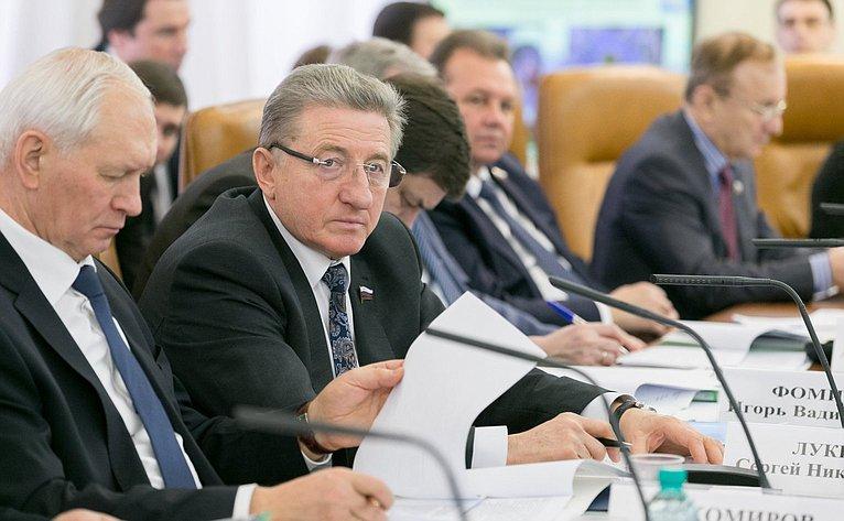 С. Лукин нарасширенном заседании Комитета Совета Федерации пофедеративному устройству, региональной политике, местному самоуправлению иделам Севера