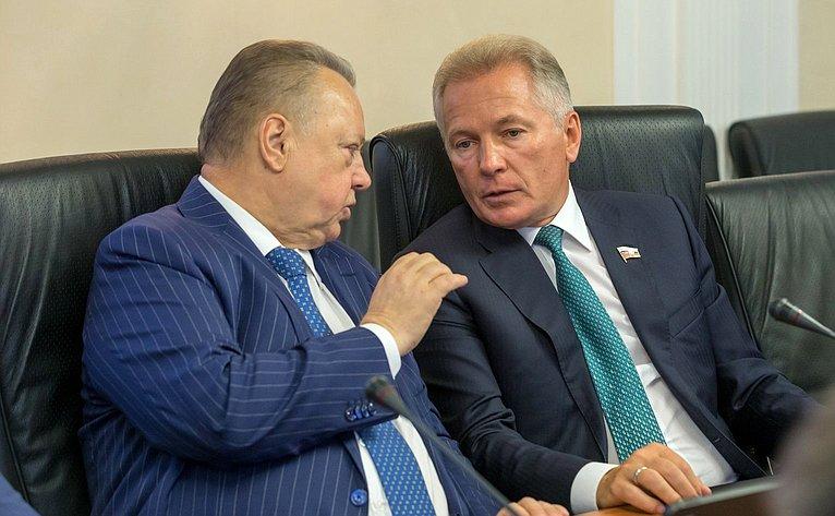 Борис Невзоров иВалерий Пономарев