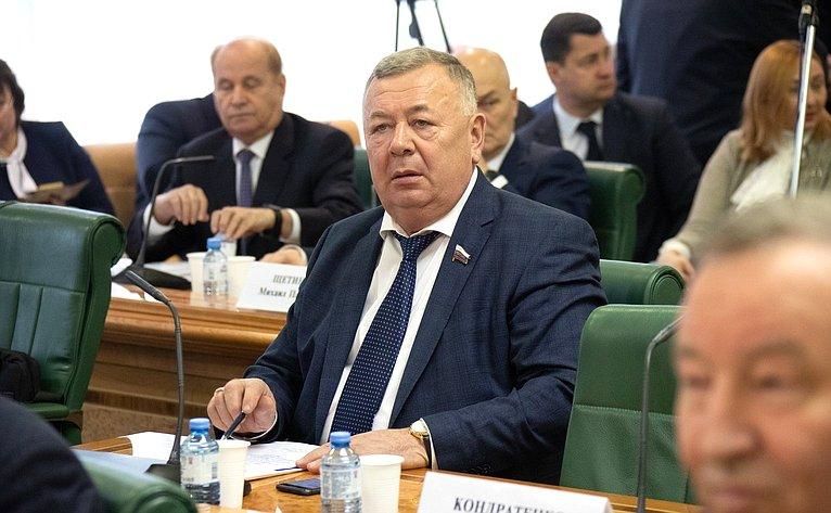 Вадим Николаев