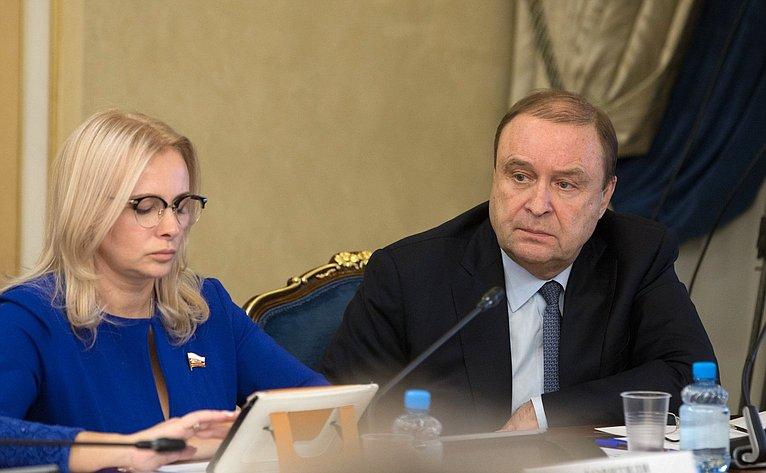 О. Ковитиди иВ. Богданов