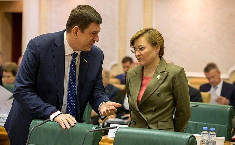 Виктор Смирнов иЛюдмила Бокова
