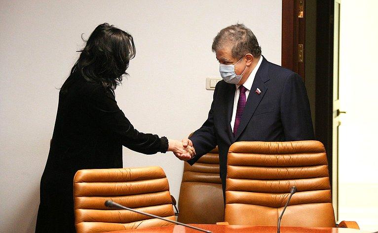 Встреча Владимира Джабарова сгенеральным секретарем партии «Процветающая Армения», депутатом Национального Собрания Республики Армения Наирой Зограбян