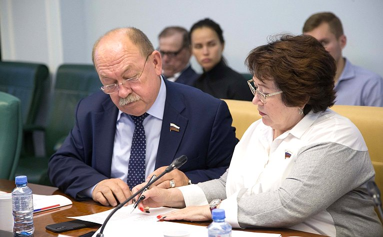 Геннадий Орденов иЛюдмила Талабаева
