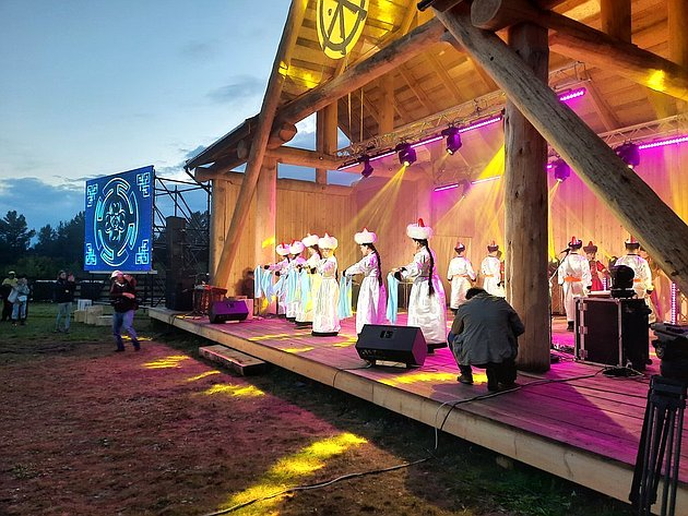 Баир Жамсуев принял участие вторжественной церемонии открытии культурно-туристического Ленд-арт парка «Тужи»