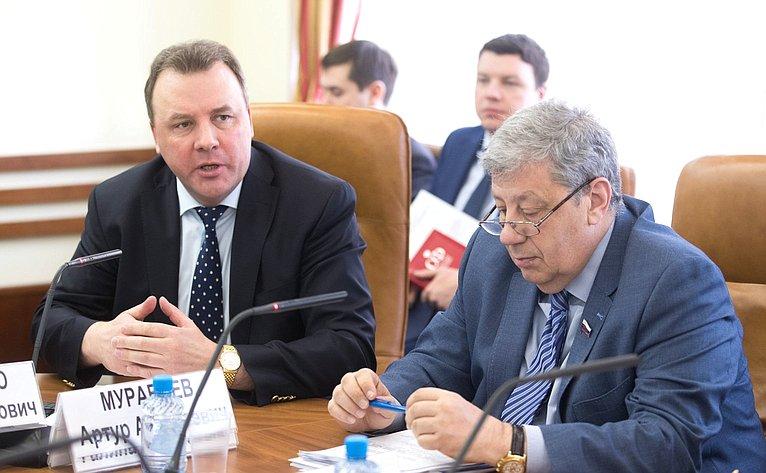 А. Муравьев иА. Чернецкий