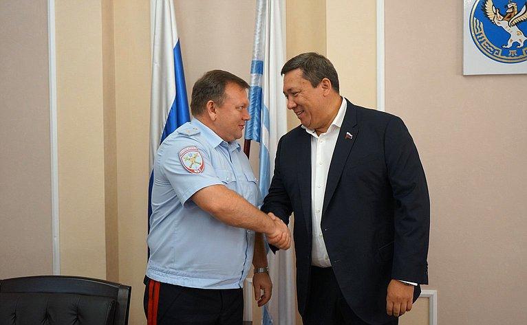 Владимир Полетаев встретился сминистром внутренних дел региона Павлом Гаврилиным