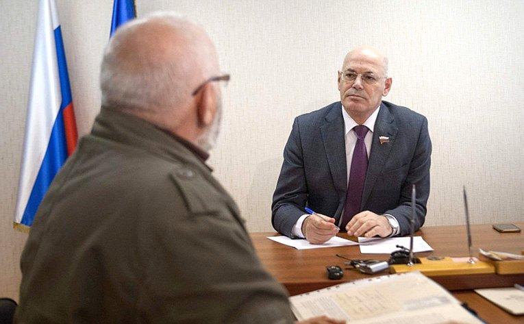 Владимир Круглый провел прием граждан