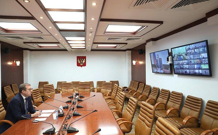 Алексей Майоров принял участие взаседании оперативного штаба помониторингу ситуации вАПК инапродовольственном рынке Министерства сельского хозяйства РФ