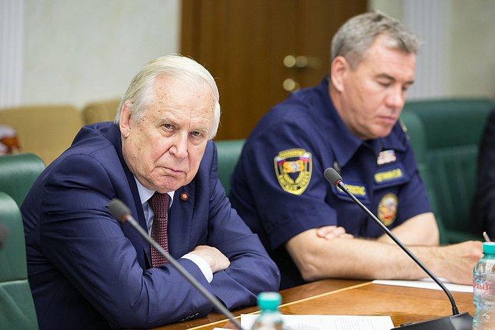 Н. Рыжков Заседание Комитета общественной поддержки жителей Юго-Востока Украины
