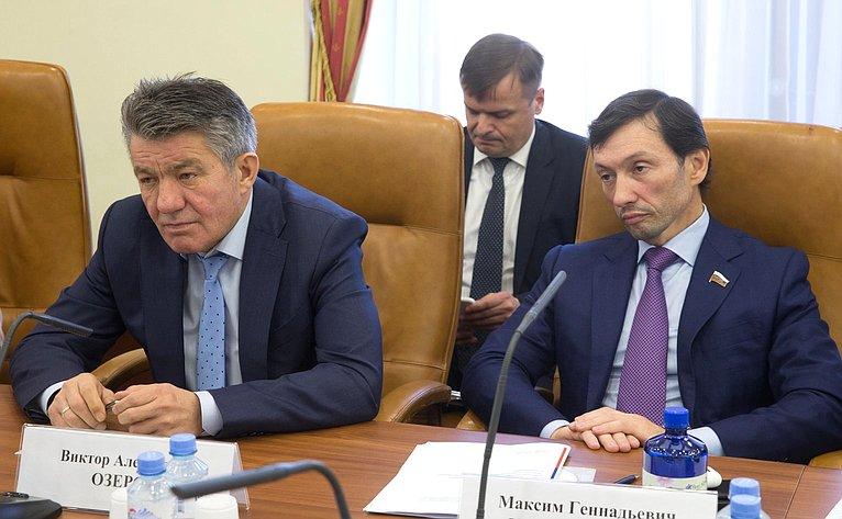 Виктор Озеров иМаксим Кавджарадзе