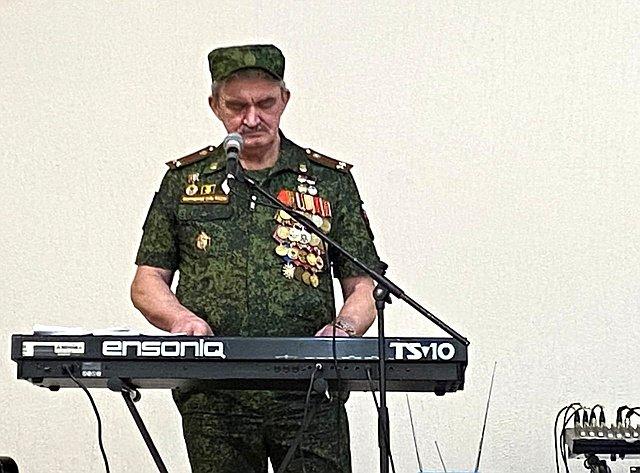 Олег Алексеев вовремя рабочей поездки врегион посетил Энгельсский район области