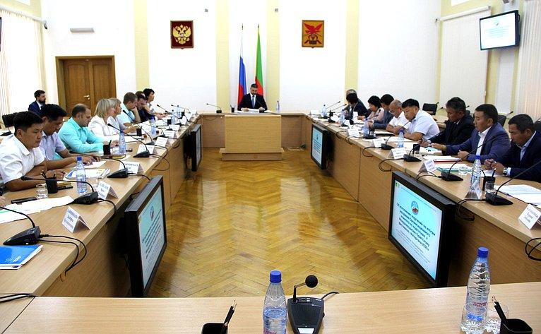 Баир Жамсуев принял участие взаседании оргкомитета XIV Международного бурятского национального фестиваля