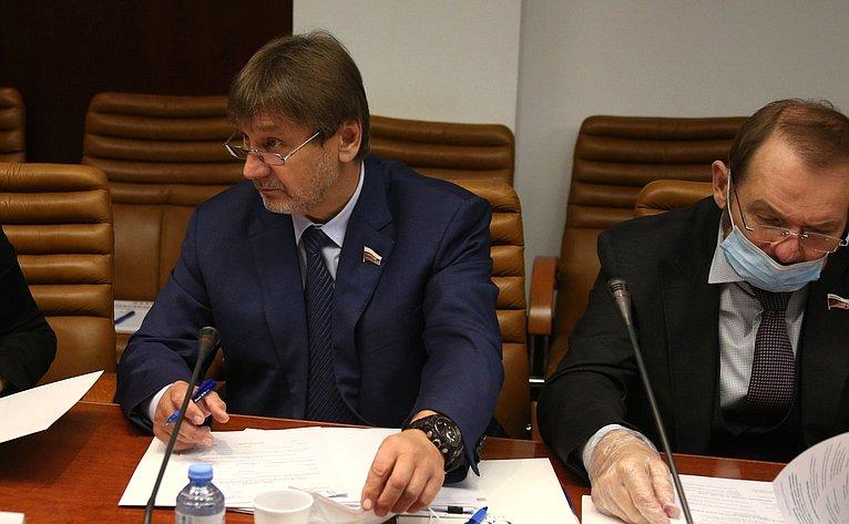 Владимир Лебедев иСергей Белоусов