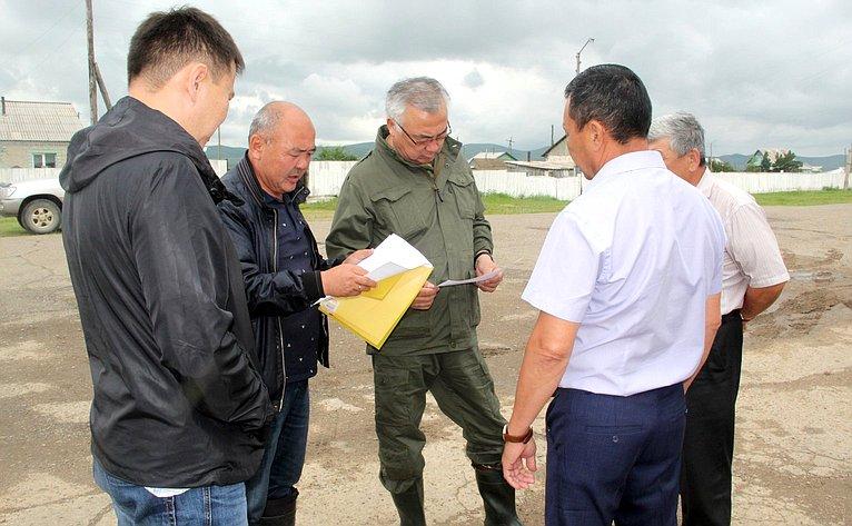 Баир Жамсуев входе рабочей поездки врегион ознакомился спаводковой обстановкой натерритории Агинского Бурятского округа