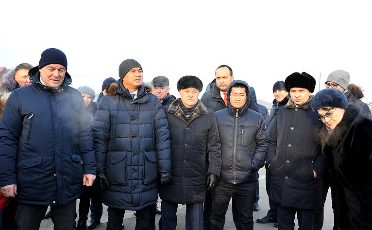 Участники заседания Межфракционной рабочей группы Байкал» посетили объекты, строительство иреконструкция которых идет врамках нацпроекта
