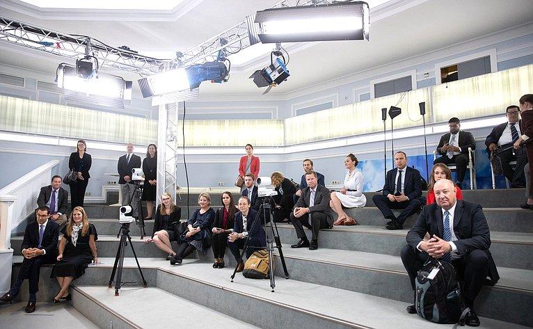 Делегация сотрудников аппаратов членов Конгресса США посетила Совет Федерации