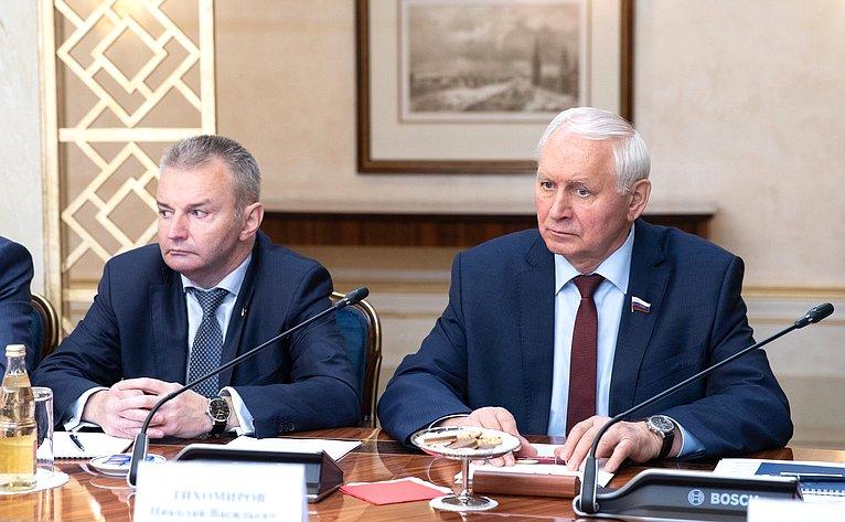 Игорь Каграманян иНиколай Тихомиров