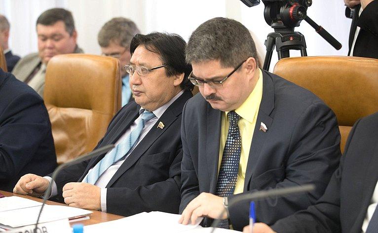 А. Акимов иА. Широков