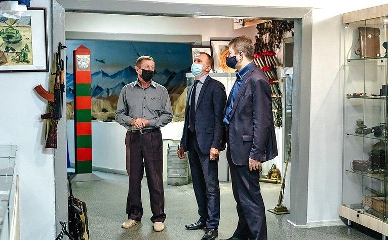 Владимир Кравченко провел рабочую встречу счленами правления Томской региональной организации «Российский Союз ветеранов Афганистана»