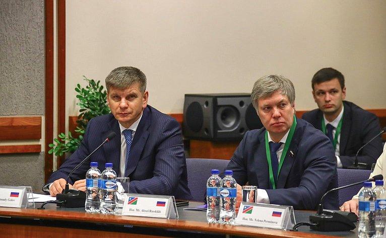 Геннадий Голов иАлексей Русских