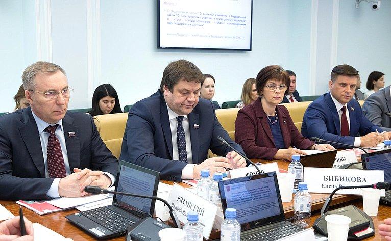 Расширенное заседание Комитета Совета Федерации посоциальной политике натему «Актуальные вопросы реализации социальной политики вКрасноярском крае»