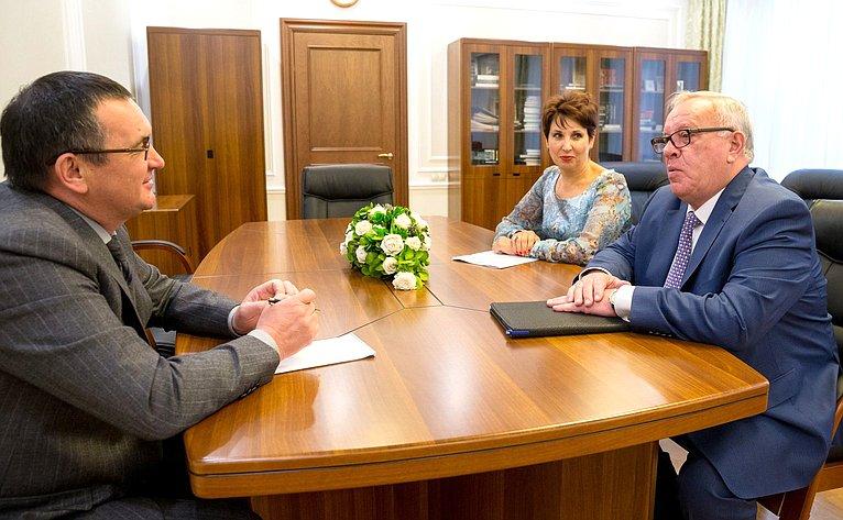 Н.Федоров провел рабочую встречу сглавой Республики Алтай А.Бердниковым