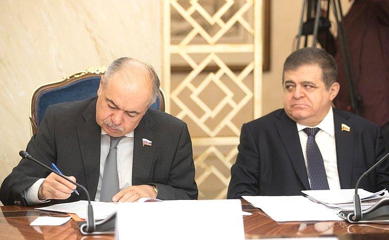 И. Умаханов иВ. Джабаров