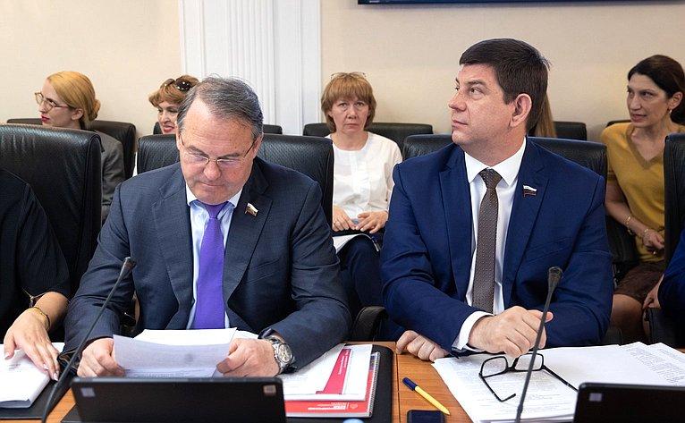 Игорь Морозов иВиктор Смирнов