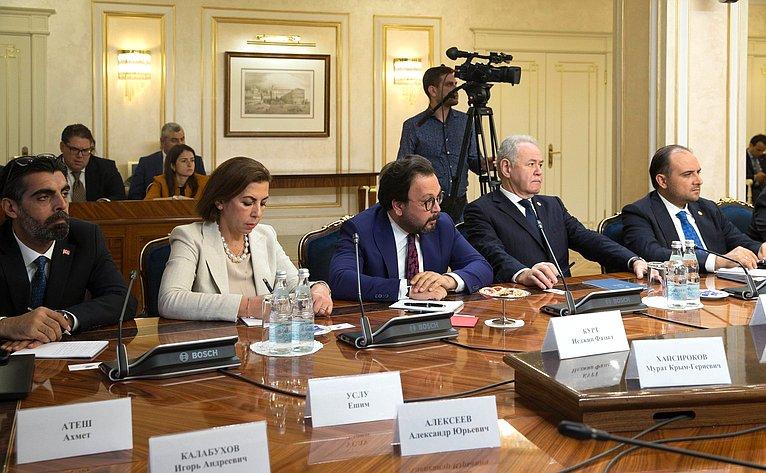 Встреча сПредседателем Великого национального собрания Турции Мустафой Шентопом