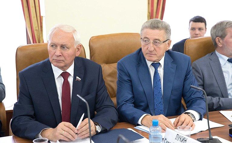 Н. Тихомиров иС. Лукин