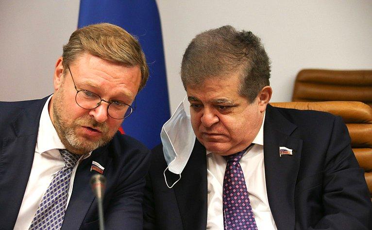 Константин Косачев иВладимир Джабаров