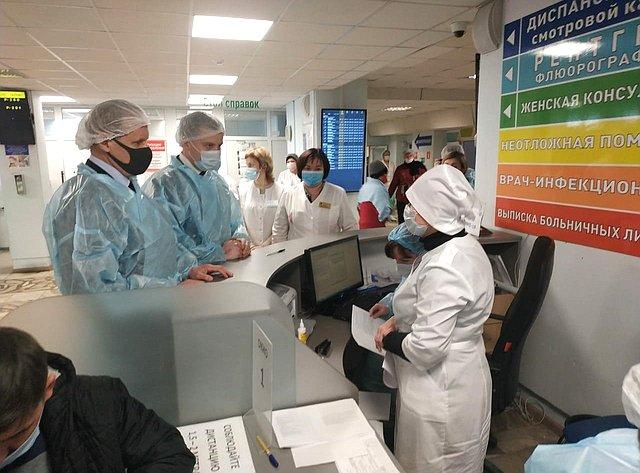 Александр Пронюшкин посетил пункты вакцинации воВладимирской области