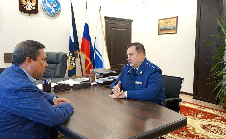 Владимир Полетаев встретился спрокурором Республики Анатолием Богданчиковым