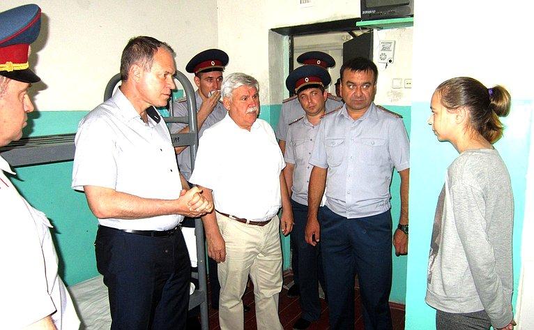 А. Башкин посетил учреждения уголовно-исполнительной системы Астраханской области