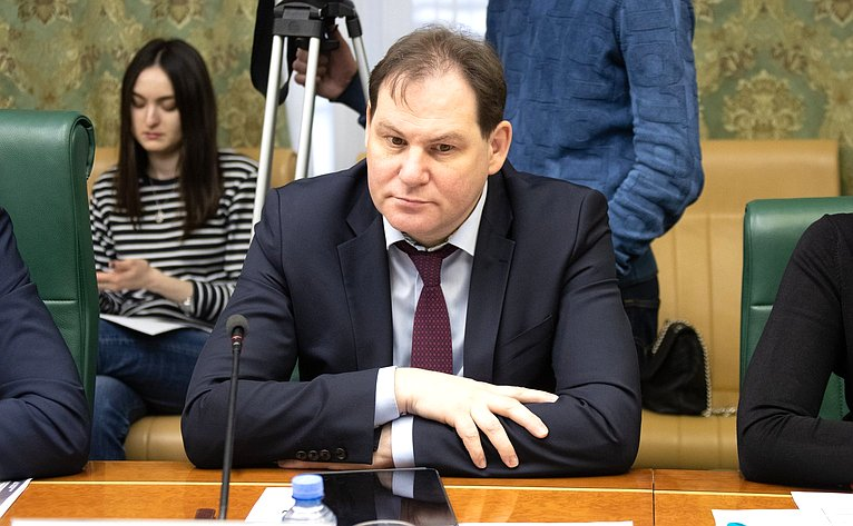 Дмитрий Готовцев