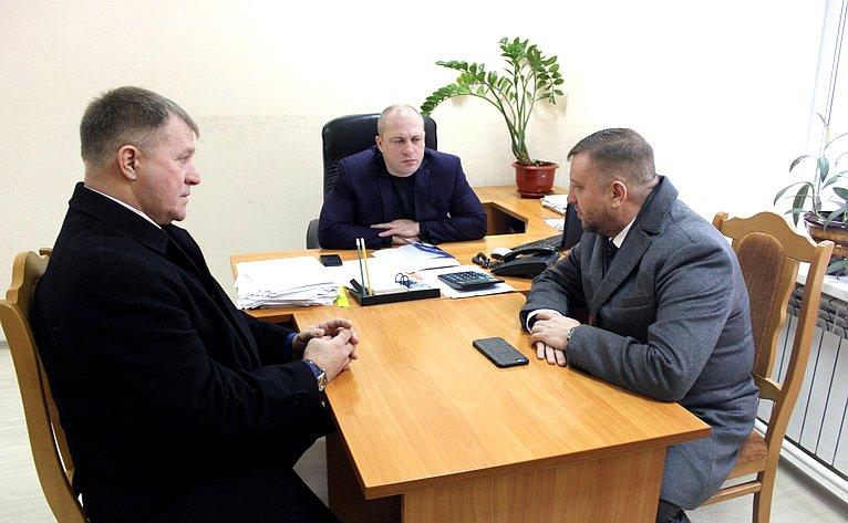 Алексей Кондратьев встретился сруководством Мордовского района