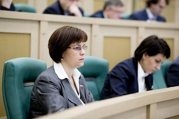 Е. Попова 371-е заседание Совета Федерации
