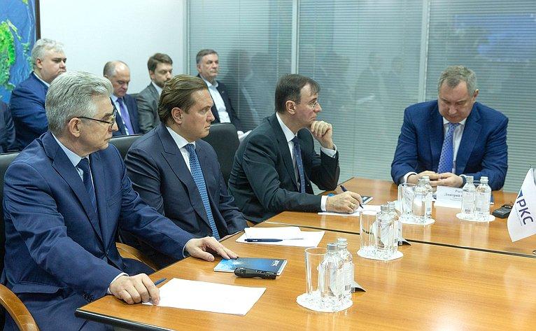 Дмитрий Рагозин вНаучном центре оперативного мониторинга Земли РКС