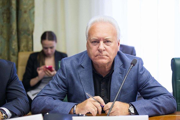 Комиссия по помощи Юго-Востоку Украины-15 Лисицын