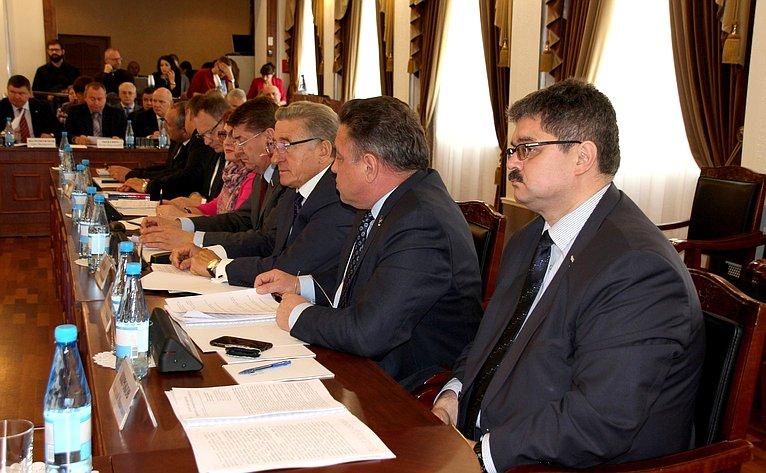 Выездное совещание Комитета СФ пофедеративному устройству, региональной политике, местному самоуправлению иделам Севера натему «Новая региональная политика наДальнем Востоке: опыт иперспективы» вМагадане