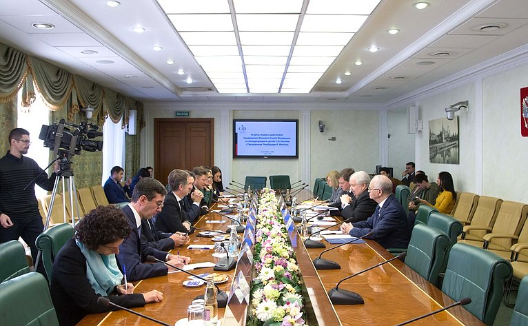 Встреча С. Кисляка сПрезидентом Ломбардии (Италия) А. Фонтаной